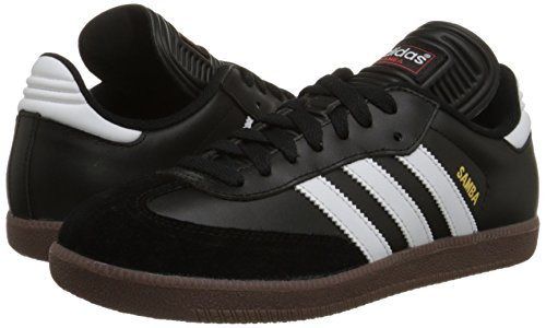 top 10 best indoor soccer shoes review.